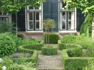 Symmetrie creëren in de tuin
